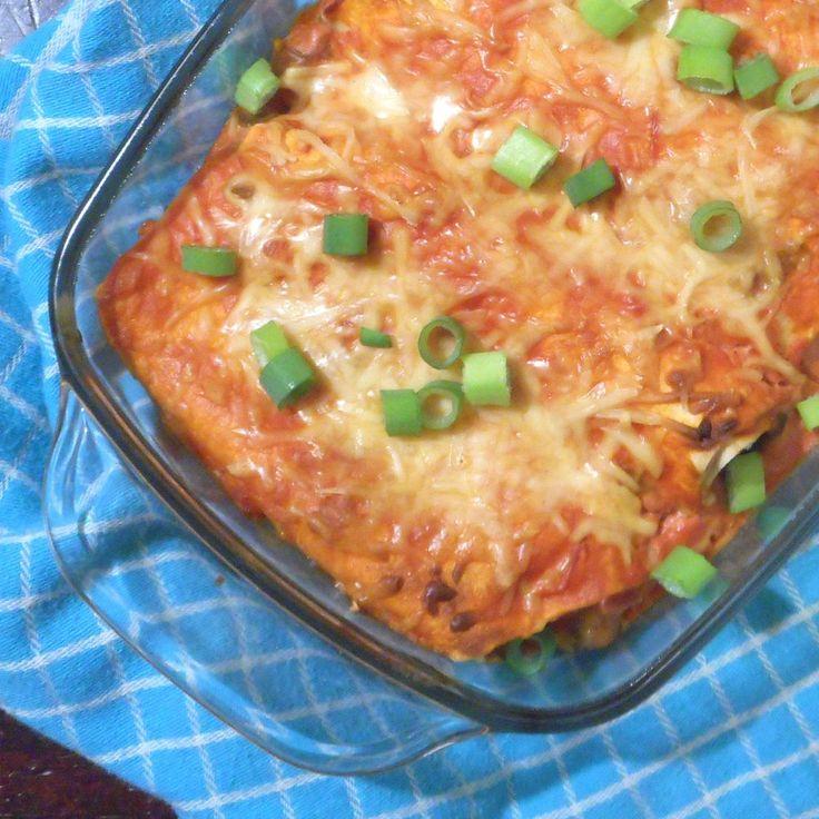 Tortilla's met honing-limoen kip, heel veel groente en een romige tomatensalsa - Het keukentje van Syts