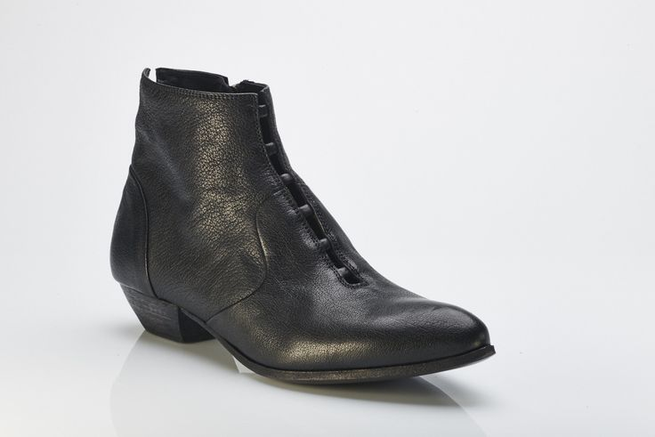 Buy online - funky Ink boots handmade in Italy. Shoe I Am - online boutique specialising in European handmade shoes. www.shoeiam.com.au