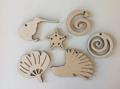 6-pack of small New Zealand decorations (1 kiwi, 1 fantail, 1 pohutukawa, 1 starfish and 2 koru) in FSC approved ply from The Summer Christmas Company