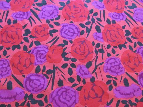 Marimekko-Finland-Vintage-Fabric-Ruusu-2006-Fujiwo-Ishimoto-140x220cm