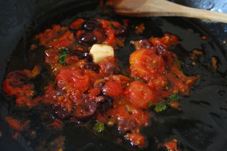 #tomato #garlic #olive #parsley #sauce #mediterranean #food #cook #pasta