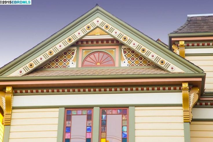 Best 25 victorian houses for sale ideas on pinterest for Gingerbread trim for sale