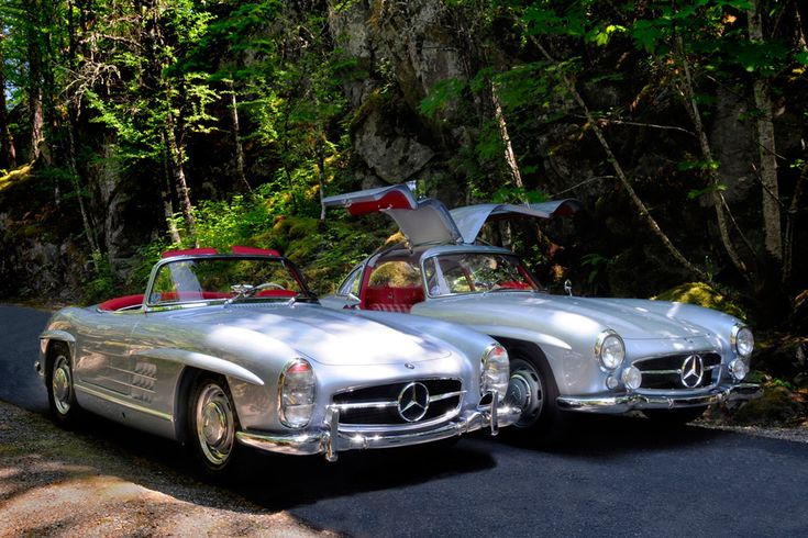 Two of the most iconic classic cars in the world, the 300 SL Roadster and Gullwing. http://www.mercedesbenz300sl.com. If you like Mercedes Benz 190 SL's please visit us on Facebook at https://www.facebook.com/190SL