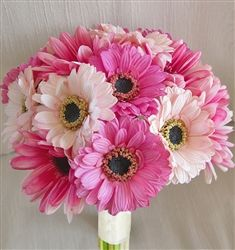 Natural Touch Pink Fuchsia Gerbera Daisy Bouquet - These will be the flowers for my wedding!