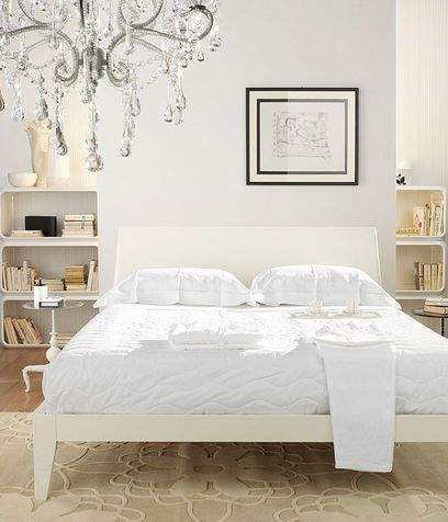 Dipingi la camera da letto di grigio perla