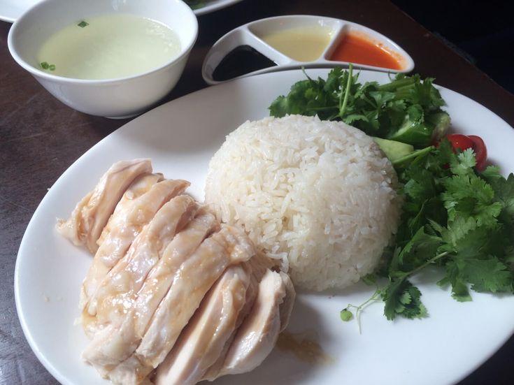 海南鶏飯食堂|海南鶏飯(シンガポールチキンライス)