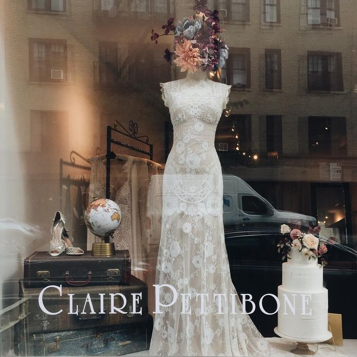 Thank you NYC for an amazing POP-UP! We miss you already, but stay tuned...you haven't seen the last of us! Huge thank you to @smthingvintage for the perfect vintage furniture to make it a home, and @sugarlanecakeshop for the gorgeous cake with matching flower headdress (made of sugar)! #clairepettibone #laceweddingdress #bleeckerstreet