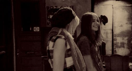 dancing friends gossip girl taylor momsen willa holland #gif from #giphy