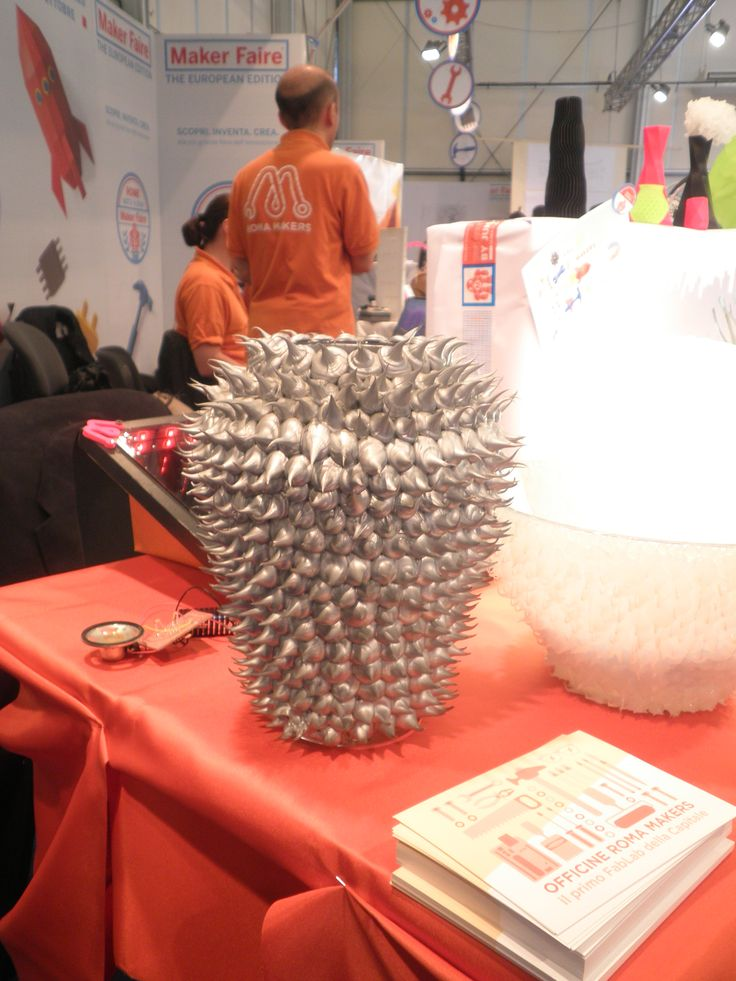 Silicon vase by Giorgia Origa designer and architect