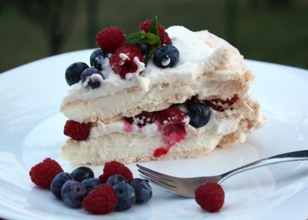 Pavlova torta, recepty, Torty   Tortyodmamy.sk
