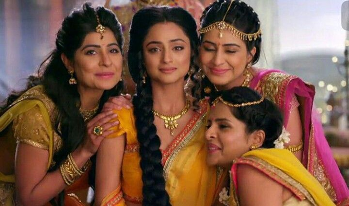 Sita with her sisters ♥