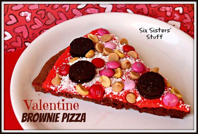 Valentine Brownie Pizza on sixsistersstuff.com. #pizza #brownies