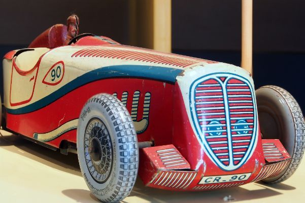 https://www.fijnuit.nl/blog/speelgoedmuseum-deventer-gaat-verhuizen Het Speelgoedmuseum in Deventer gaat verhuizen. Angela vertelt waarom jij nog snel een bezoek moet brengen aan dit prachtige pand!