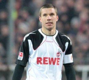 Podolski-Wechsel ist perfekt  - Fußball-Bundesliga - Nun ist es amtlich: Nationalspieler Lukas Podolski wird vom 1. FC Köln zum englischen Premiere-League-Verein FC Arsenal wechseln.