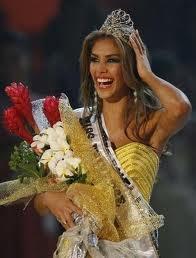 Miss Venezuela  - Dayana Mendoza - Miss Universe 2008