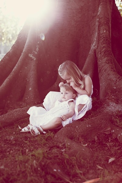 sisters/Sydney Portrait Photographer/ Cecilia Recchi Photography