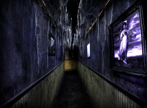 Zombie manor love claustrophobic hallway halloween for Haunted house hallway ideas