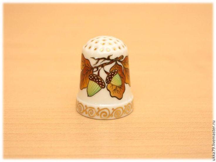 """Купить Наперсток """"Дубок"""" (фарфор, подарок, сувенир) - коричневый, наперсток, дуб, желуди, листья, осень"""