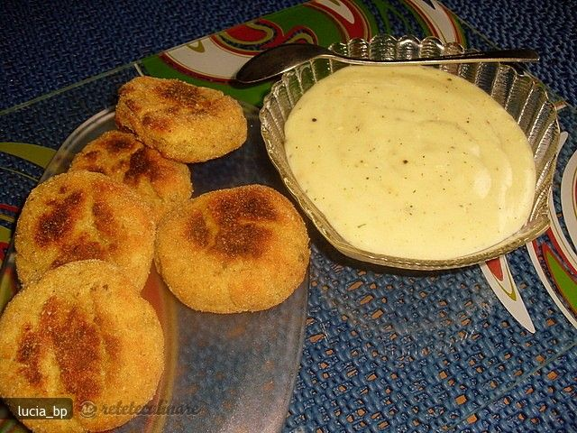Chiftelute de Cartofi cu Sos de Lamaie