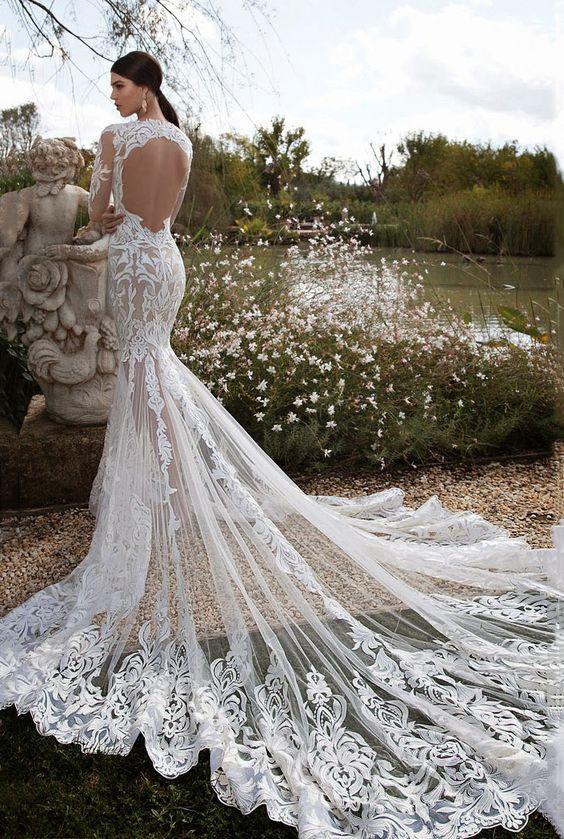 ♥♥♥  Vestido de noiva sereia: dicas e inspirações O vestido de noiva sereia é um modelo super elegante e que encanta muitas noivinhas por aí. Mas que tal ver algumas dicas sobre esse modelo famoso? https://www.casareumbarato.com.br/vestido-de-noiva-sereia-dicas-e-inspiracoes/