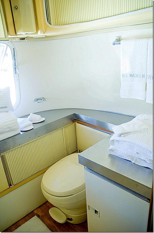 129 best airstream images on pinterest gypsy caravan for Rv bathroom wallpaper