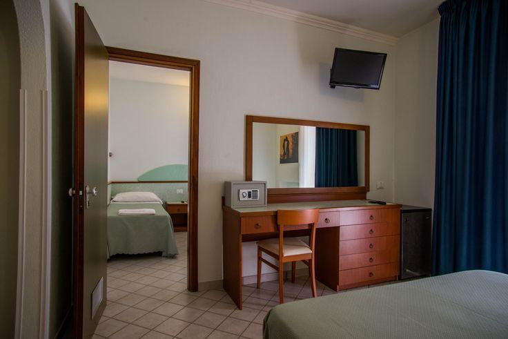 Family Room - Hotel Gli Ulivi - Soverato - Italy
