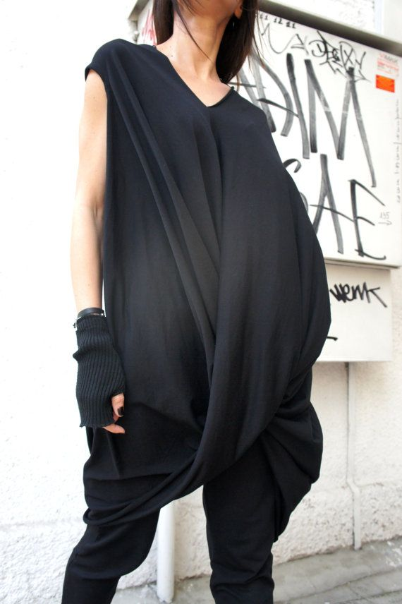 Oversize Twisted Tunic Top/ Black Loose Dress Tunic /
