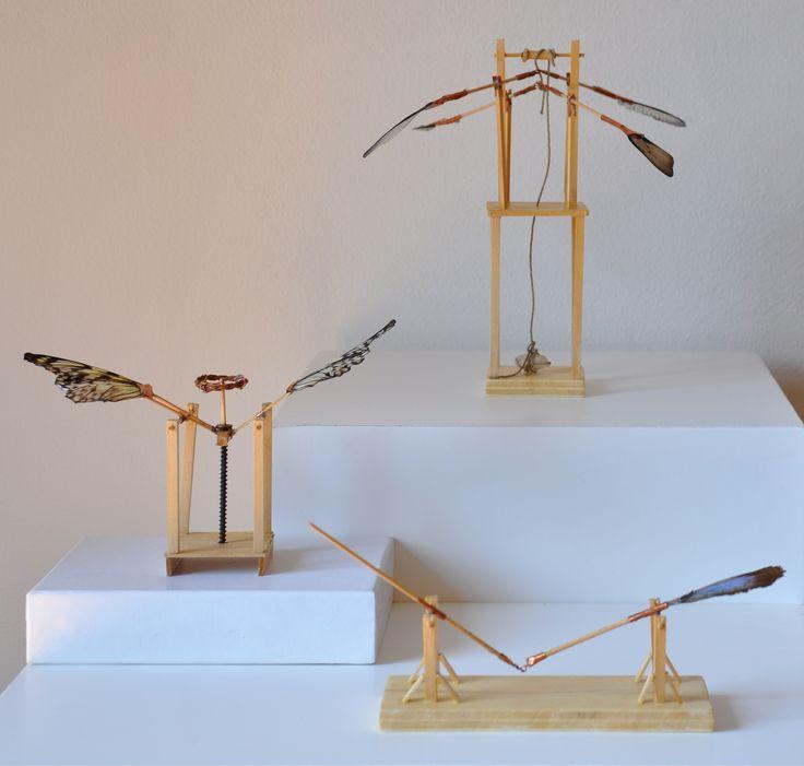 Giulia Berra, Effetto farfalla, legno, colla, rame, ali di farfalla, quarzo, 2011