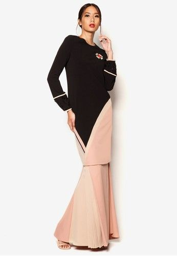 Art Deco Aleandra Baju Kurung from Jovian Mandagie for Zalora in Black and Brown