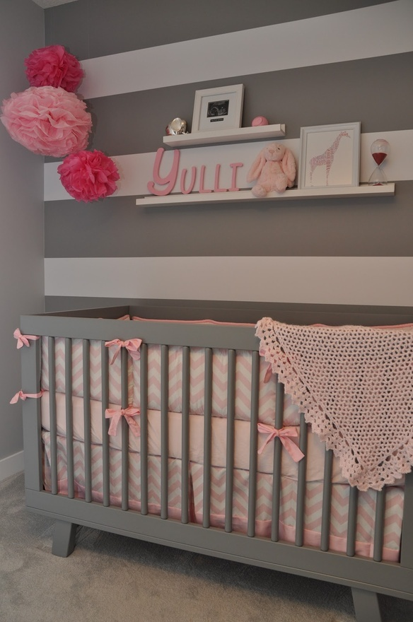 pink and grey nursery...cute although I would need a baby blue and grey room which would be cute too :)
