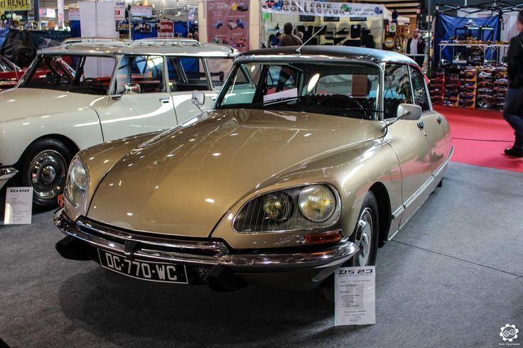 186 best ds images on pinterest vintage cars vintage classic cars and classic trucks. Black Bedroom Furniture Sets. Home Design Ideas
