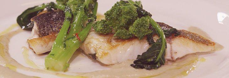 La ricetta dello Chef Cannavacciuolo per un piatto strepitoso a base di branzino: la vera sorpresa è la sua semplicità!