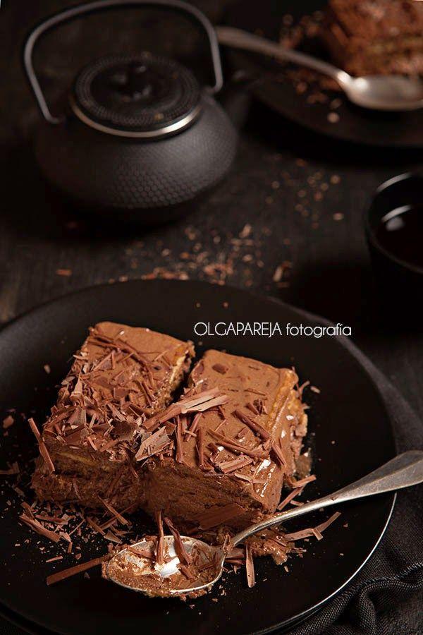 Los que me conocen, saben que adoro el chocolate y que si no lo como más es porque no me conviene :P.     Esta receta tiene muuuuuuchos año...