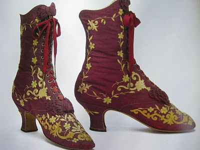 Finally, the tall womens' boots also date from the 18th century. I am sure that only the very wealthiest people wore shoes such as these.  Sylvia Windhurst