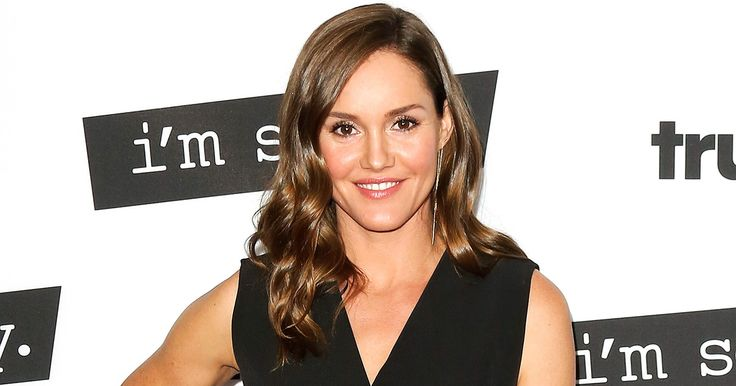 """Erinn Hayes Has Been 'Liking' Tweets from Fans Calling for a """"Kevin Can Wait"""" Boycott. http://ift.tt/2gQb1Do"""