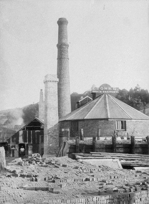 Enoch tonk's brick factory nea PukeAhu, Webb Street, c1890