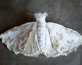 white-rosa cicada brooch textil art insect brooch от mysouldesign