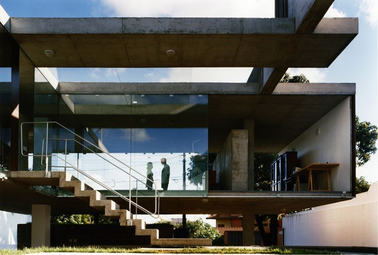 Casa em Ribeirão Preto  / MMBB Arquitetos  + SPBR Arquitetos