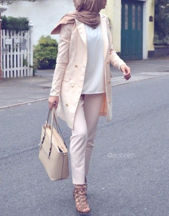 Pinterest: eighthhorcruxx. Love all the neutrals. Long and modest hijab outfits.