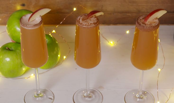 Apple Cider Mimosas Will Make You Even More Grateful This Thanksgiving Give thanks for the perfect pre-feast drink.