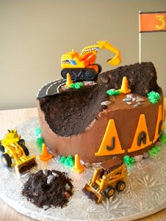 Love this construction cake for a future birthday!  (From Party Style via Fredellicious)