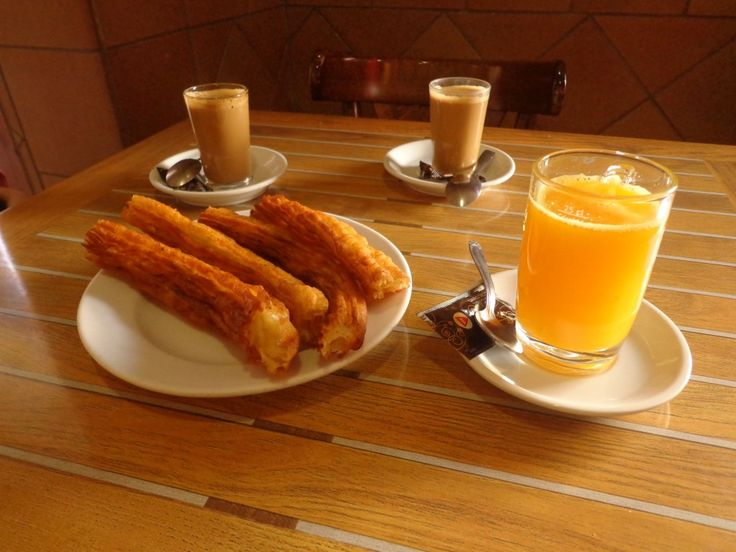 Discover the traditional spanish breakfast churros