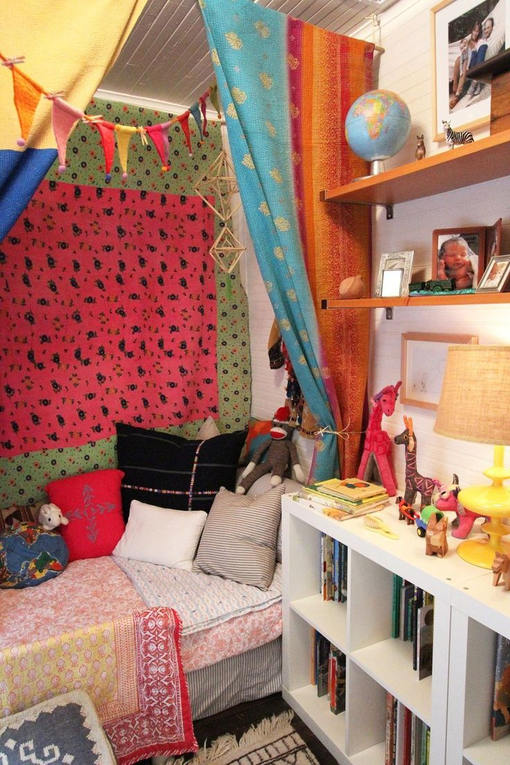 Charlie's Cheerful & Colorful Room- in LOVE with this room! SO cute!