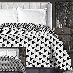 DecoKing 86629 Bedspread 240 x 260 cm Black White Reversible Bed Throw Easy Care Geometric Pattern Hypnosis Collection Triangles: Amazon.co.uk: Kitchen & Home