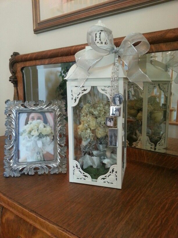 Fun Idea For Displaying Dried Flowers From My Daughter S Wedding Bouquet The Photo Charms Hanging