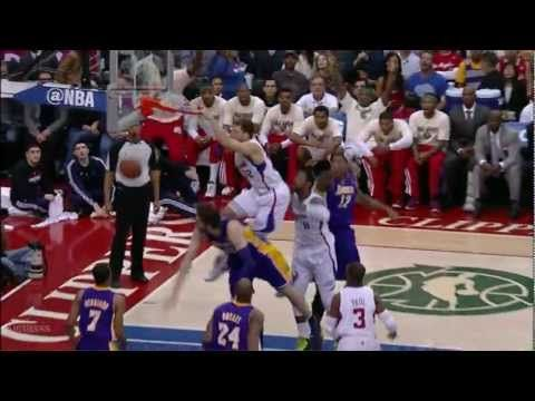 Blake Griffin posterizes Pau Gasol twice in the same game (2012.04.04)