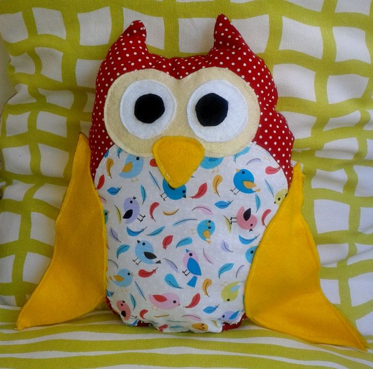 pillow owl  size 26cm X 30 cm