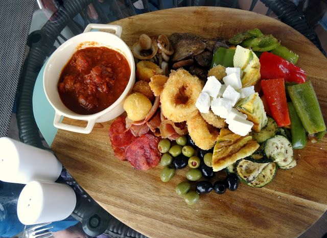 Travel and Lifestyle Diaries Blog: Bintan, Indonesia: Welcome Lunch at Nelayan Grill