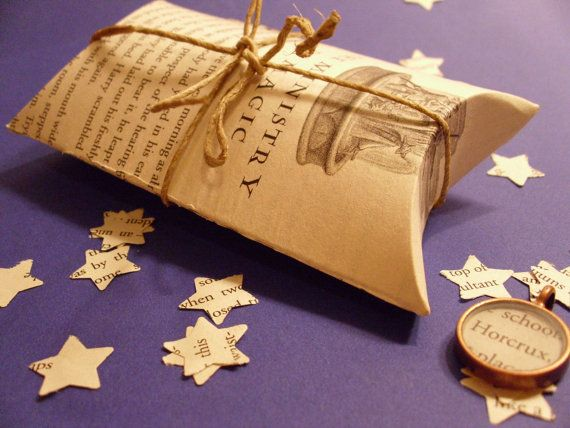11 best harry potter christmas wrap images on pinterest for Harry potter christmas present ideas