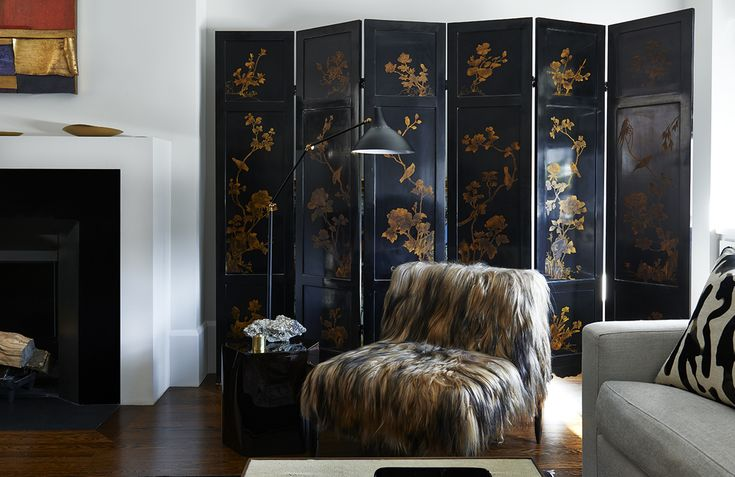 A Park Avenue Living Room by Katch I.D. Interiors. Bianca Chair by Demiurge.